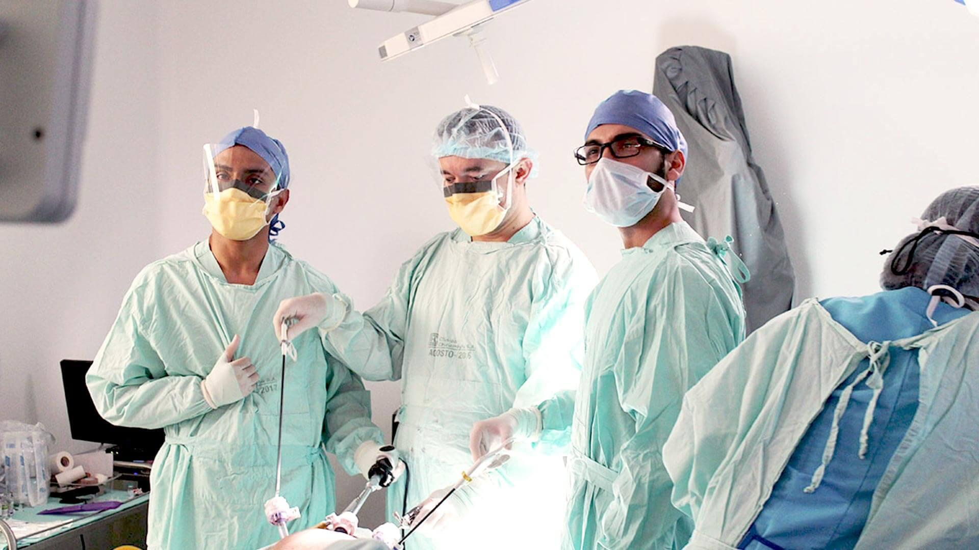 cirugía laparoscópica jose luis gaona uromédica urología especializada