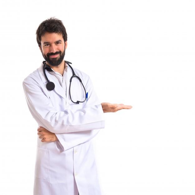 medico presentando plan social amigo de uromedica